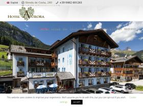 hotelauroracanazei.it
