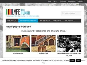 photos.lifeasahuman.com